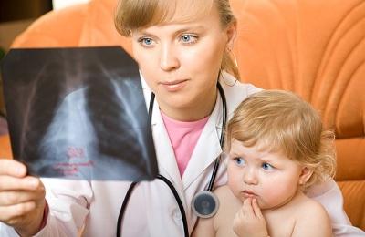 Стоматит у ребенка 2 лет чем лечить