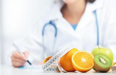 Врач диетолок