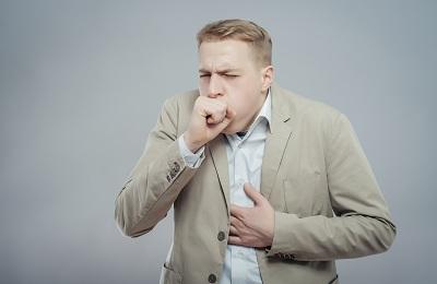 Сильный кашель без остановки у взрослого